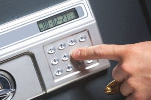 Eddie and Suns locksmith Expert at safes and vaults