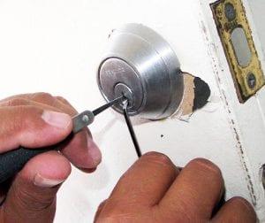 Eddie and Suns locksmith Locksmith in Soho NYC